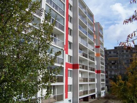 Zasklívání lodžií a balkonů - Petr Pouč